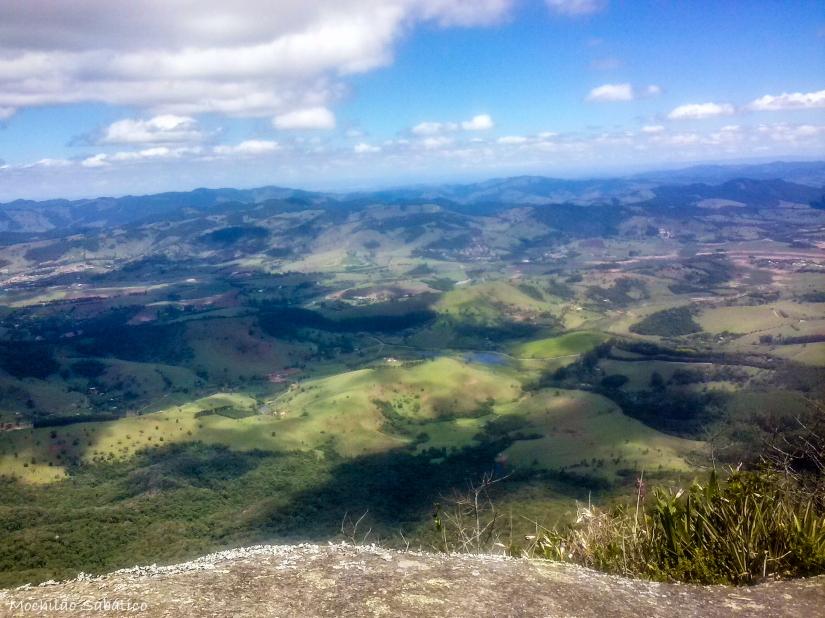 Vista da Pedra das Flores (Extrema, MG)