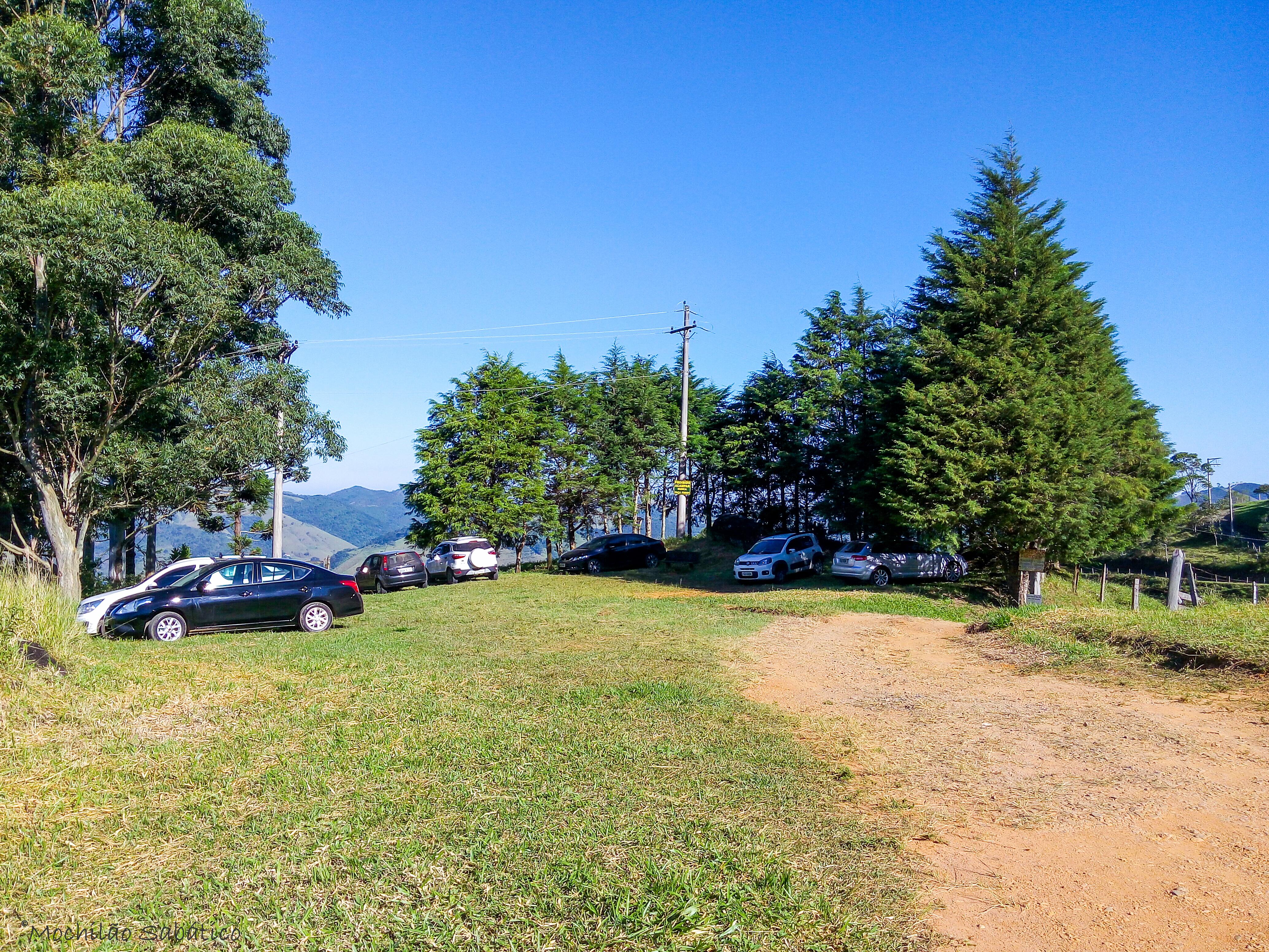 estacionamento-pico-da-onça