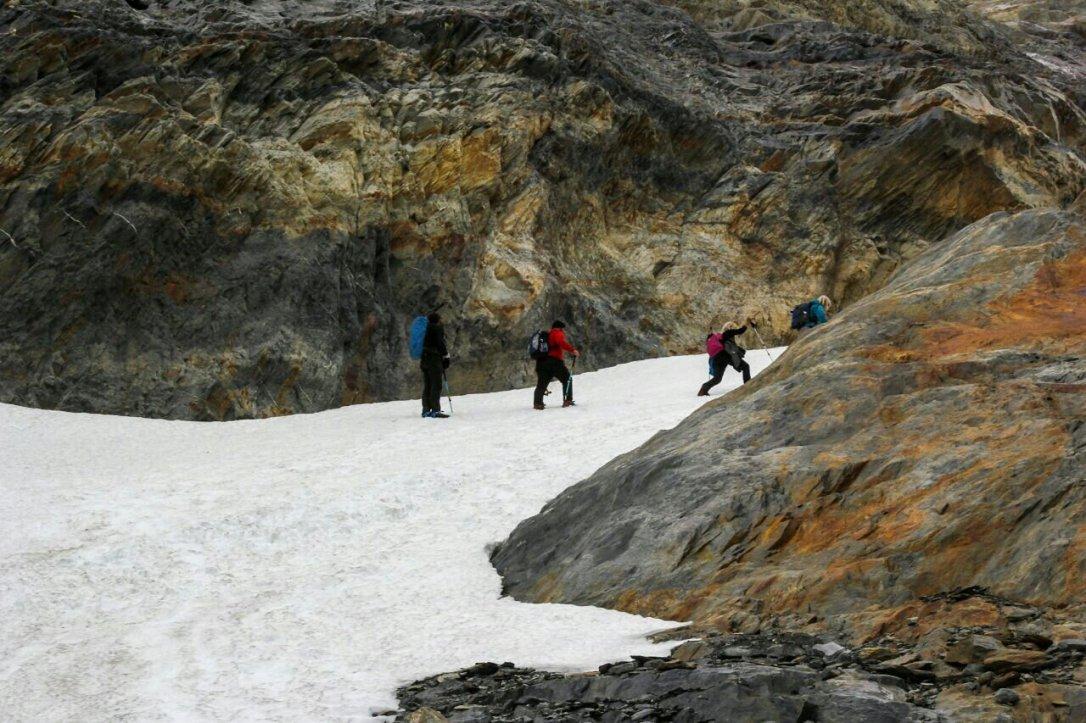 laguna_esmeralda_ushuaia_glaciar_albino-277119401.jpg