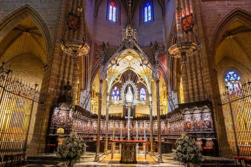 Caminho de Santiago de Compostela_catedral Pamplona.jpg