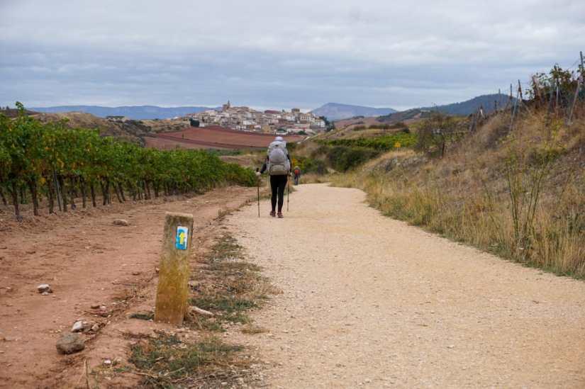 Caminho de Santiago_Cirauqui.jpg