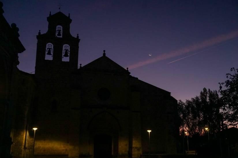 Caminho de Santiago de Compostela_San Juan de Ortega_noite